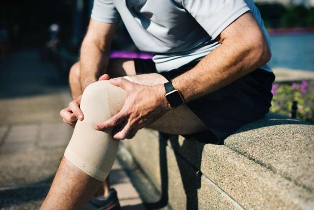 inflamație infecțioasă a genunchiului