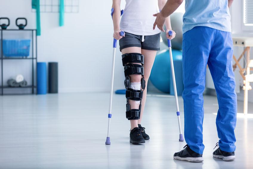 recuperare după o fractură de genunchi)