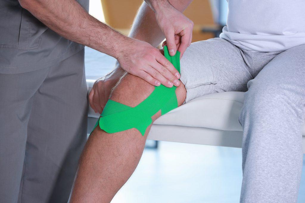 Entorsa de genunchi