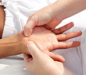 Totul despre artrita genunchiului - Simptome, tipuri, tratament | thecage.ro