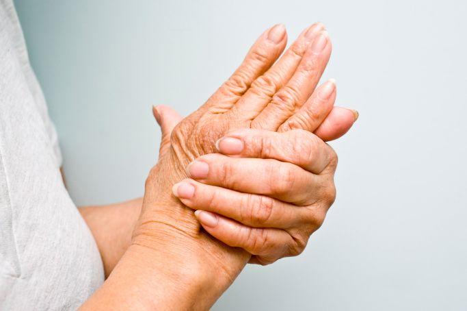 articulațiile gâtului și degetelor de la picioare