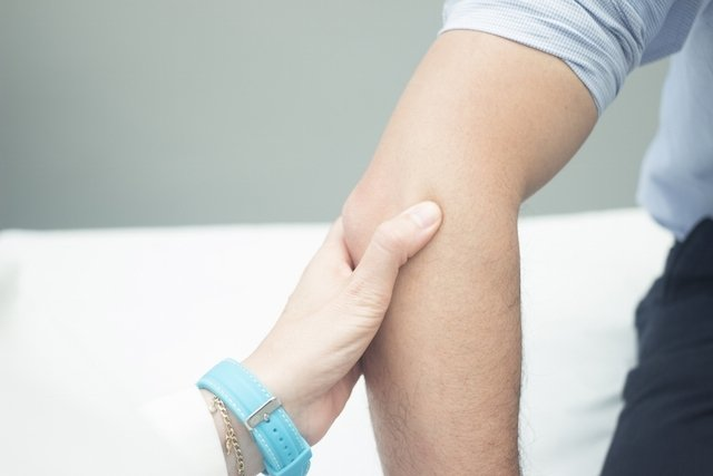 tratament lateral al epicondilitei genunchiului artrita periferica