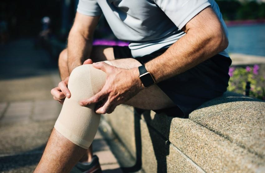 unde se tratează sinovita articulației genunchiului