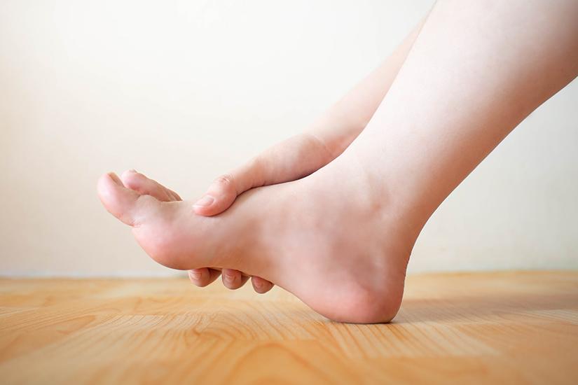 Cum să tratezi articulațiile picioarelor în tensiune