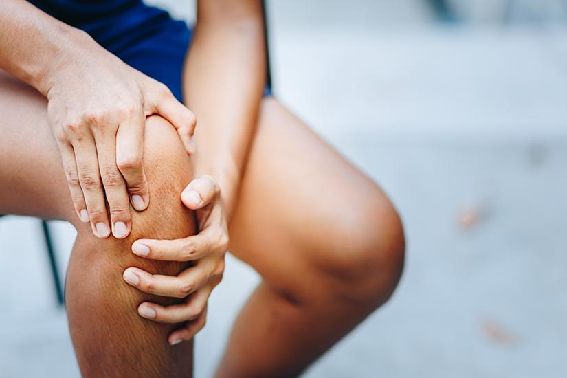 durere la genunchi la 60 de ani