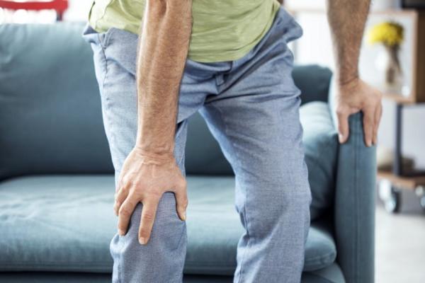 dureri la articulații în timp ce mergeți