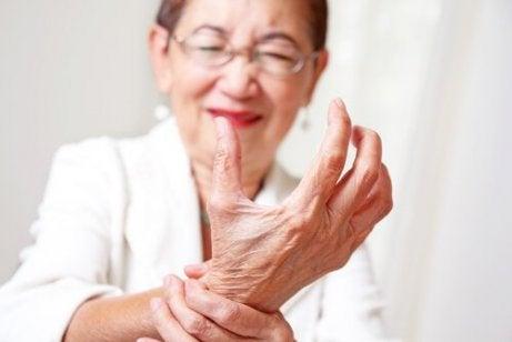 durere bruscă în articulația degetului mare tratamentul articulațiilor de jad